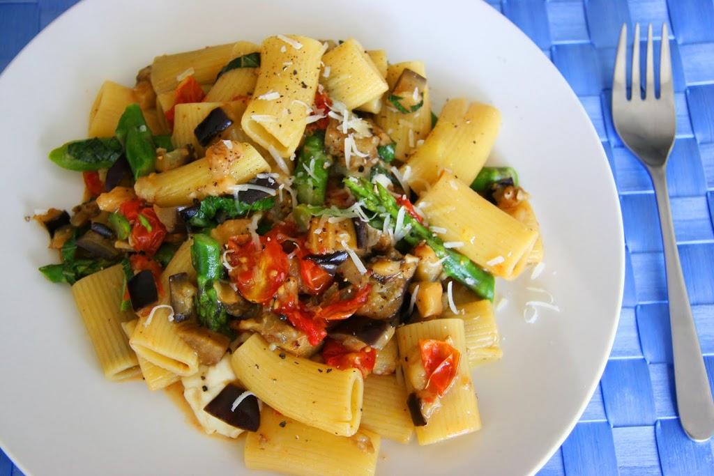 Vegetable Rigatoni w/ Fresh Buffalo Mozzarella