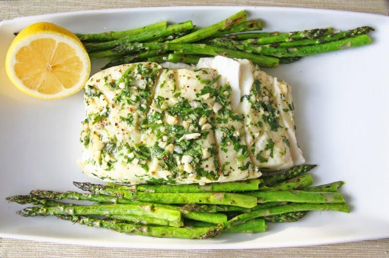 Garlic & Cilantro Grilled Halibut w/ Asparagus