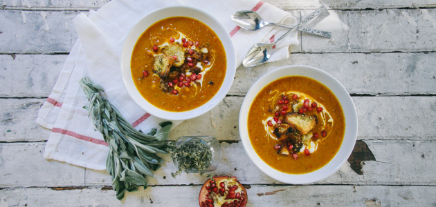 Roasted Butternut Squash Soup with Za'atar Pita Croutons | I Will Not Eat Oysters