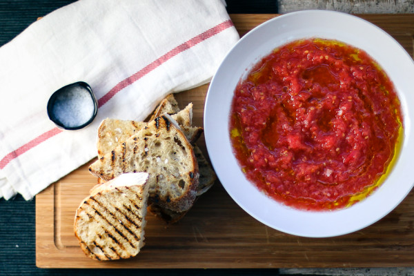 Tapa d'or |Pan Con Tomate | Grated and marinated tomatoes with hot grilled bread | I Will Not Eat Oysters