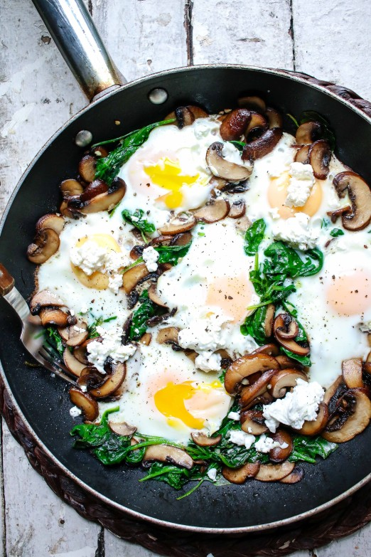 Mushroom & Spinach Breakfast Skillet | I Will Not Eat Oysters