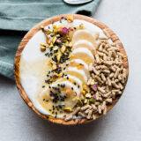 Banana Tahini Smoothie Bowl